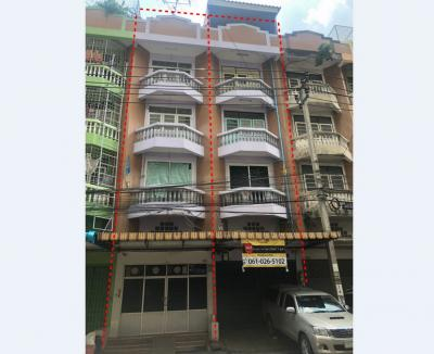 For SaleShophouseThaphra, Wutthakat : Commercial building for sale Tha Phra-Taksin (3 booths sold separately) near BTS Talat Phlu, near The Mall Tha Phra, near Ratchadaphisek Road, very good location