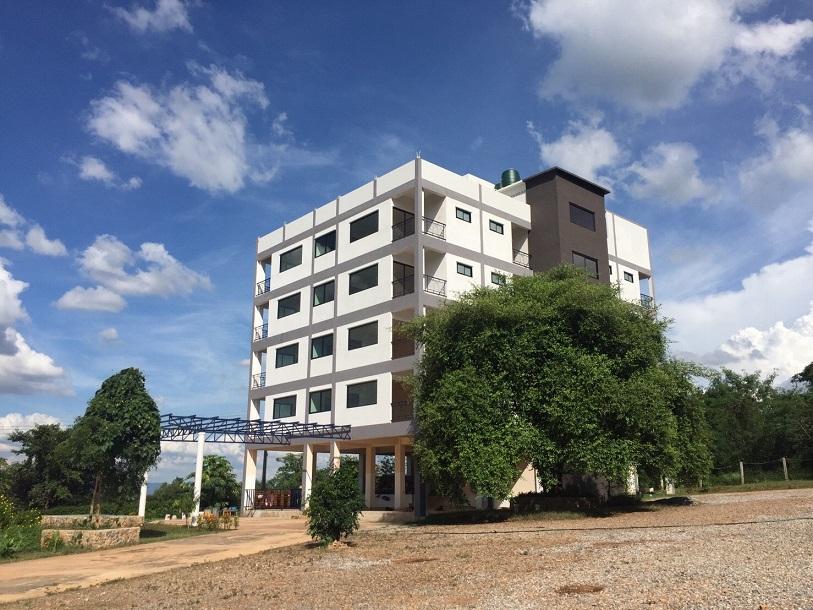 For SaleBusinesses for saleKorat KhaoYai Pak Chong : ขายโรงแรมเพิ่งสร้างใหม่ที่เขาช่อง เขาใหญ่ มี 7 ชั้น 787 ตรว. ใกล้สามแยกเขาแคน