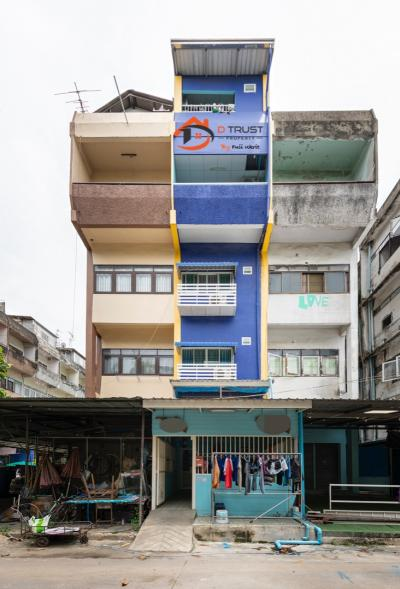 For SaleShophouseBangna, Lasalle, Bearing : Sell a 6-story commercial building with tenants next to Ramkhamhaeng University. There are 12 full tenants.