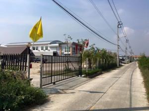 For SaleLandSamrong, Samut Prakan : Land for sale in Soi Vorocha, 4 Lane Road, 2 to 6 Rai, 360 meters wide, Khlong Dan Road, Bang Phli, Bang Sao Thong, Bangna, Thepharak, suitable for townhouses