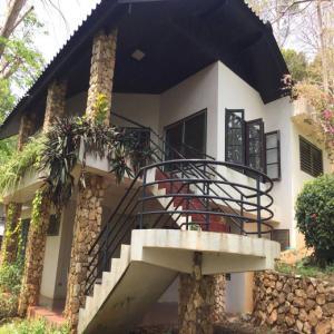 บ้านพักตากอากาศหินสวยน้ำใส ให้เช่า