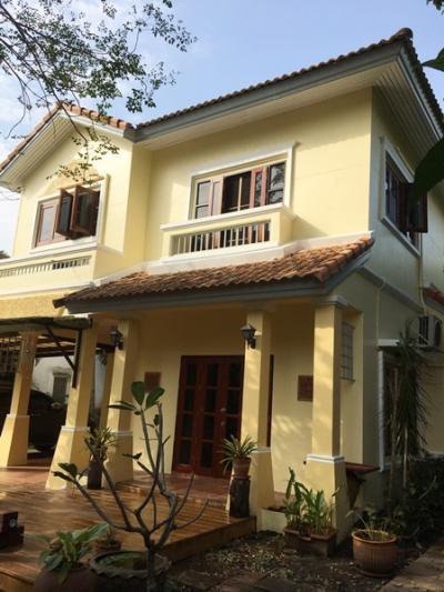 ขายบ้านรังสิต ธรรมศาสตร์ ปทุม : ขาย บ้านเดี่ยว รังสิต คลอง7 ม.ดิสคอฟเวอรี่ รังสิตคลอง7 เนื้อที่ 87.3 ตรว. มี 3 ห้องนอน 2 ห้องน้ำ ราคา 3.9 ล้าน