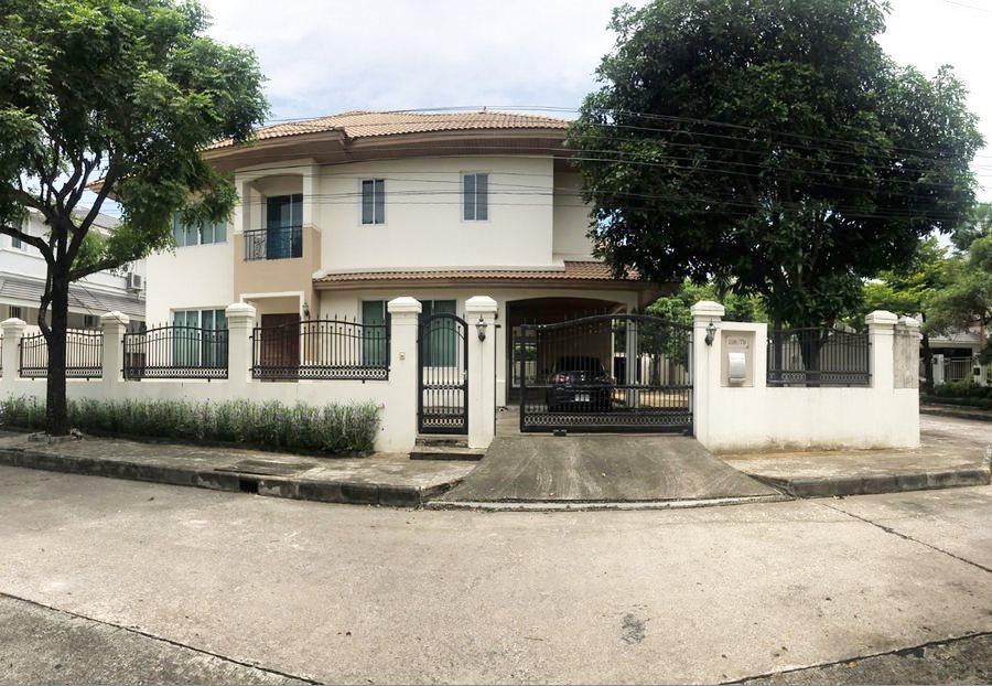 For SaleHouseBangna, Lasalle, Bearing : Single house for sale, Windmill Park, Bangna-Trad Km.10, near Mega Bangna 140 sq.wah, 2 floors, 4 bedrooms, 5 bathrooms, corner unit