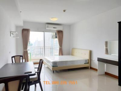 For RentCondoWongwianyai, Charoennakor : For Rent!!! Studio, high floor, Supalai River Resort, special price