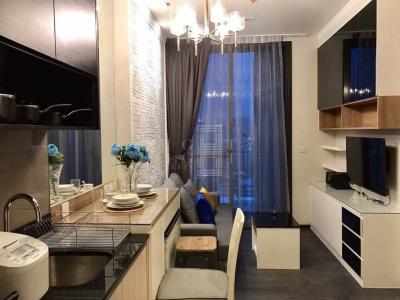 For Rent Edge Sukhumvit 23 ( 30 square metres )