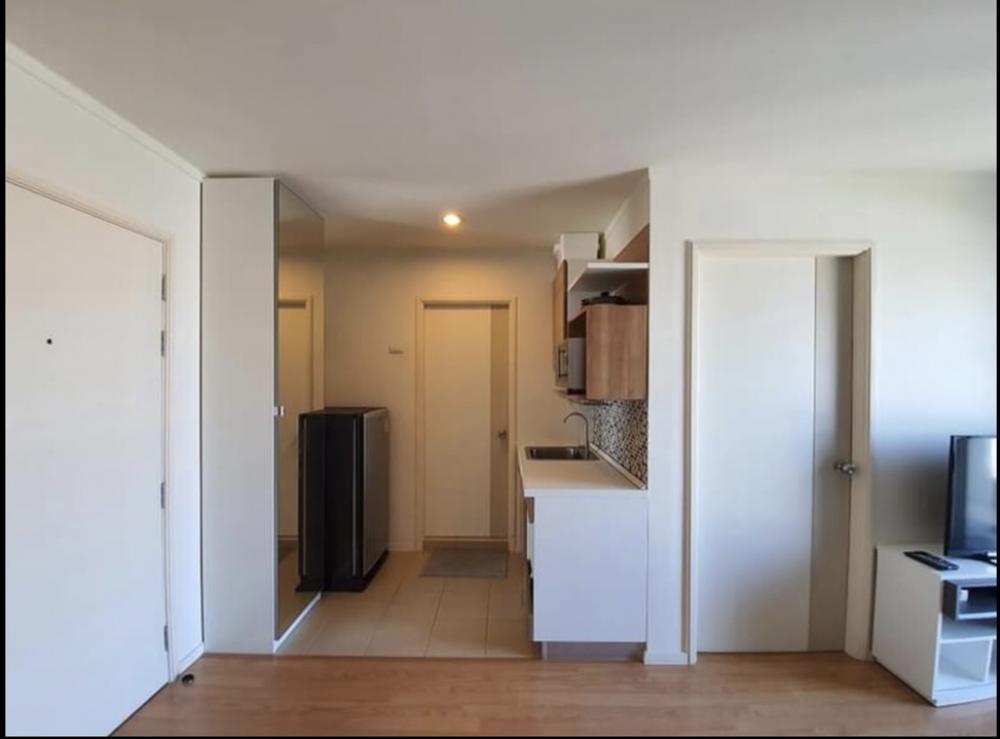 For SaleCondoOnnut, Udomsuk : Condo for sale, Lumpini Ville Sukhumvit 77/2, size 22 sqm, 1 bedroom, 1 bathroom, B2 building, 15th floor, ++ 1.82 million, including transfer, call 093-028-1245id line: properagency