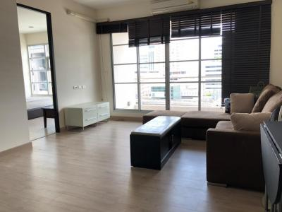 For SaleCondoRatchathewi,Phayathai : Ready to move in. There are many rooms. Contact Sales: 55 square meters