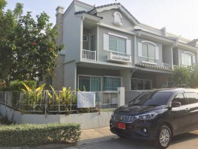 For SaleTownhouseBangna, Lasalle, Bearing : Sell Town Home Villaggio Bangna, near ABAC University, Bangna 31.8 sq. Wah, 2 floors, 2 bedrooms, 3 bathrooms, corner unit with furniture