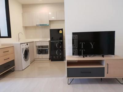 เช่าคอนโดพระราม 9 เพชรบุรีตัดใหม่ : For Rent Life Asoke ( 36 square metres )