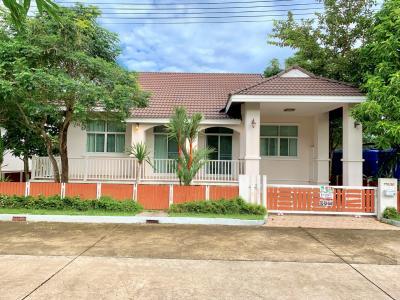 ขายบ้านระยอง : ขาย บ้านพักตากอากาศ สวนสน พารากอน กรีน รีสอร์ท ใกล้ทะเลหาดสวนสน ระยอง