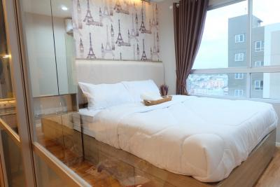For RentCondoNawamin, Ramindra : Condo for rent, Lumpini Park Nawamin-Sriburapha, size 26 sq.m., price 7500, furniture, electrical appliances, 2 air conditioners, separate rooms, 11th floor, pool view