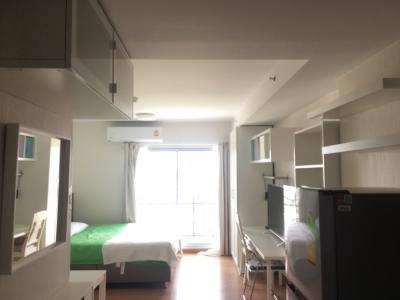 ขายคอนโดพัทยา ชลบุรี : Supalai Mare Pattaya (High floor with full furniture)