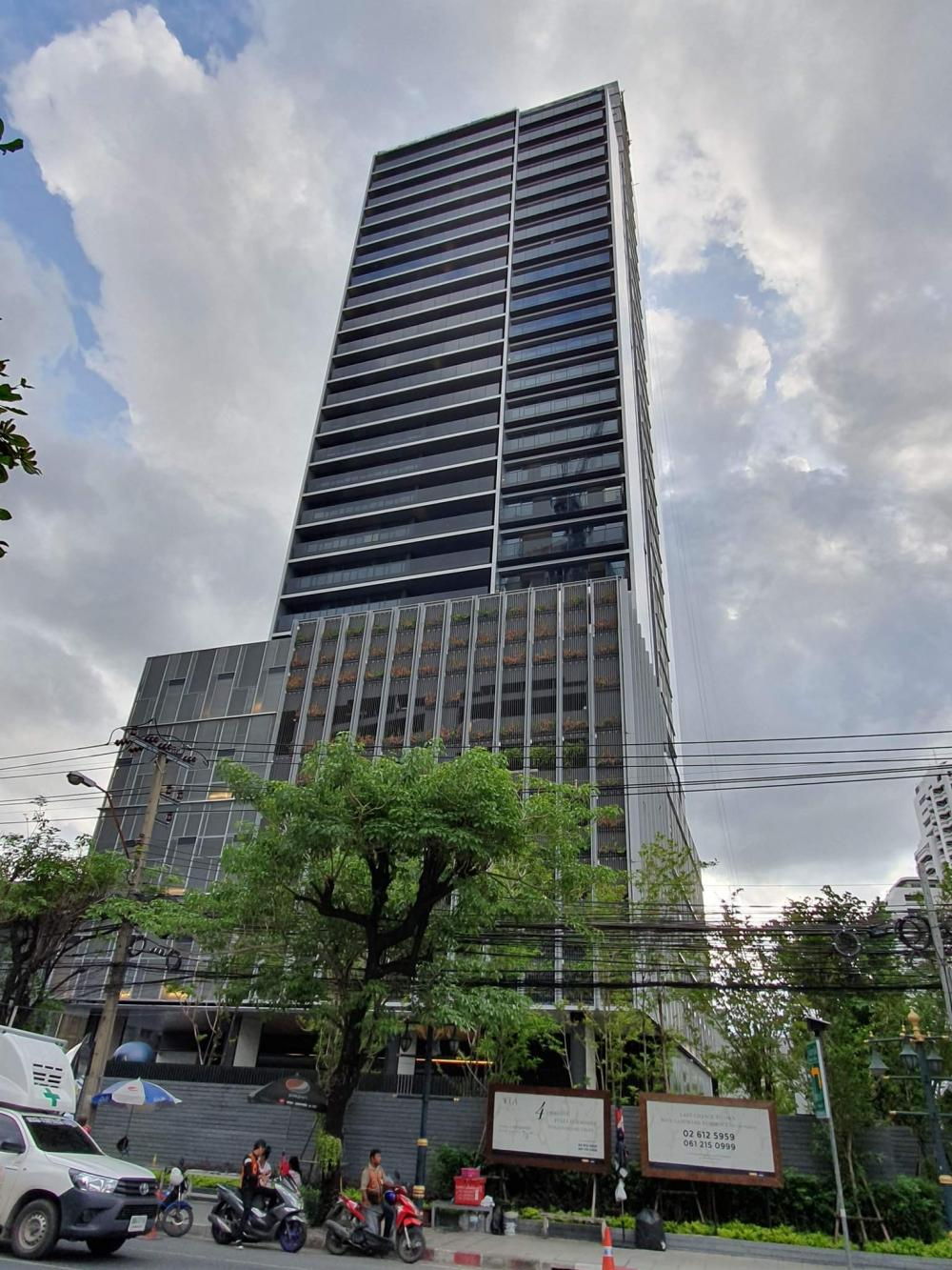 """Sell """"TELA Thonglor"""" {2bed 111sqm from 35.7 mil} {3bed 202sqm 66.2 mil} Call: Am 0849429988"""