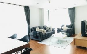 For RentCondoAri,Anusaowaree : Condo for rent in Ari 2 Centric Scence Aree 2 / 3 bedroom 3 bathroom