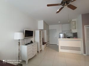 เช่าคอนโดพัฒนาการ ศรีนครินทร์ : FOR RENT! The Four Wings Residence, 2 bedrooms,  whirlpool bathtub,  fully furnish
