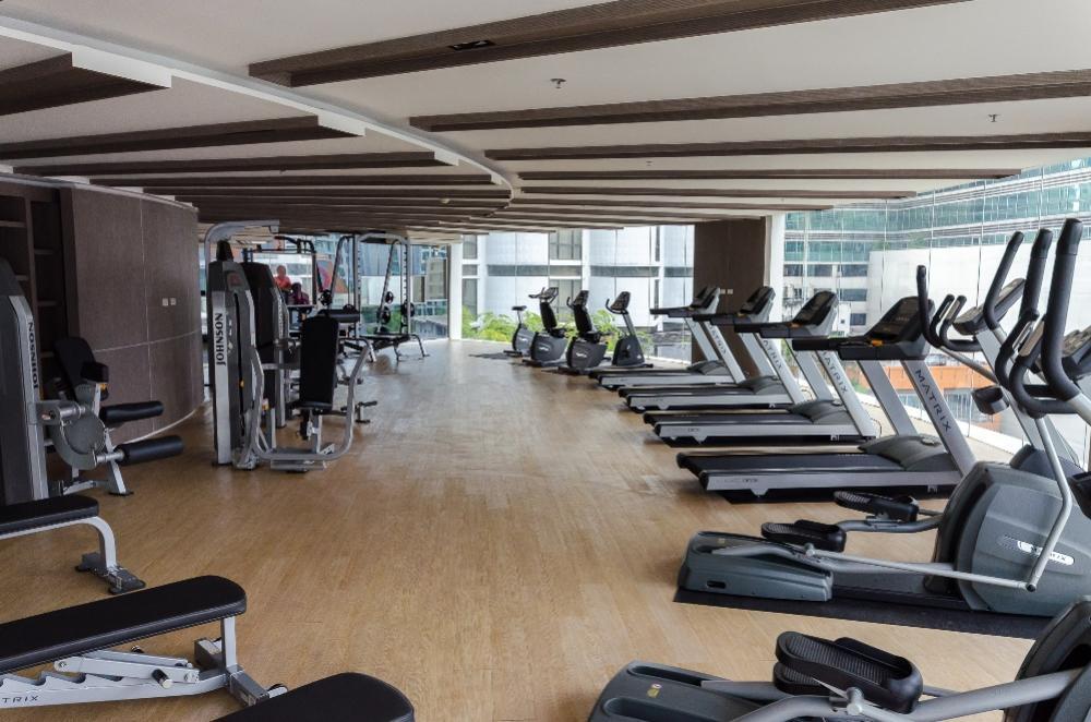 เช่าคอนโดนานา : Stylish studio room near BTS Asoke & MRT Sukhumvit