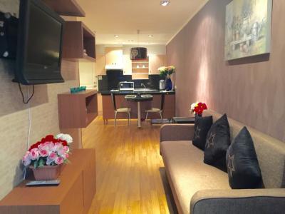 For RentCondoSukhumvit, Asoke, Thonglor : Pet Friendly Condo @BTS Phrom Phong 2 Beds 60 Sqm HIGH FLOOR