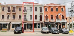 ขายตึกแถว อาคารพาณิชย์นวมินทร์ รามอินทรา : ขายอาคารพาณิชย์ 3 ชั้น โครงการเวนิช ดิ ไอริส วัชรพล เพิ่มสิน สุขาภิบาล 5 รามอินทรา บางเขน
