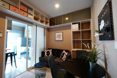 For RentCondoSukhumvit, Asoke, Thonglor : ให้เช่าห้อง 1 นอน 30.5 ตรม. แนว Work&Live อุปกรณ์ครบ อบอุ่นน่าอยู่  วิวเมืองทิศเหนือ décor cozy homey city view 1 bed 30.5 sqm. full furnished with Work&Live style for rent