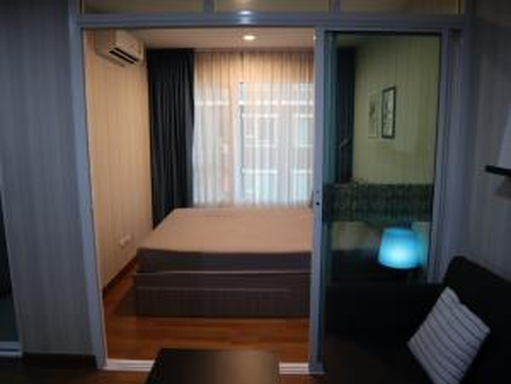 For RentCondoBang Sue, Wong Sawang : ให้เช่ารีเจนท์โฮม บางซ่อน ห้องแต่งสวย บิวท์อิน เฟอร์ คชฟฟ. ครบ มีเครื่องซักผ้า วิวสระ