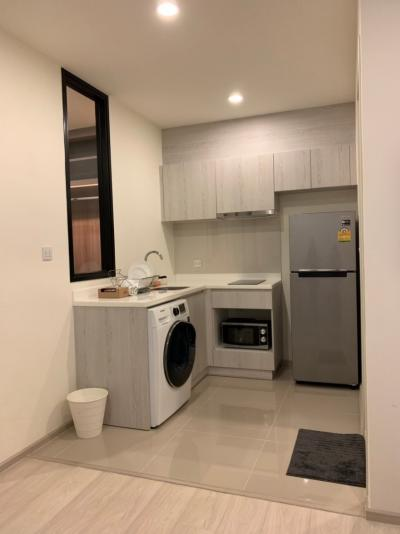 For Rent 1 Bed Room Plus 1 Bath (Built-In Walk in Closet) 22,000-THB/Month Fully Furnished High Floor Beautiful Decoration Pls Contact Ploy : 083-245-9035