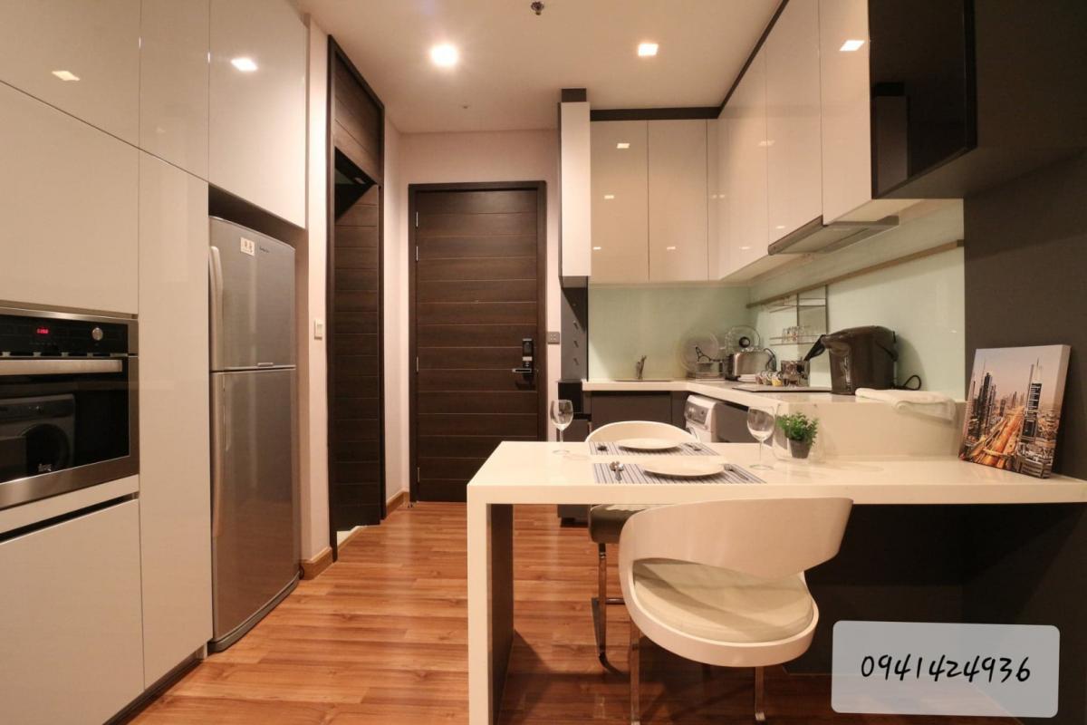 เช่าคอนโดรัชดา ห้วยขวาง : ราคาและเงื่อนไขดีทีสุด ชั้นสูง Best price high floor Modern Luxury Room Fully Furnished, City View, Ready to move in.