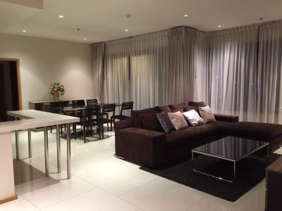 2 bedrooms 2 bathrooms for sale at The Emporio Place sukhumvit 24 very high floor