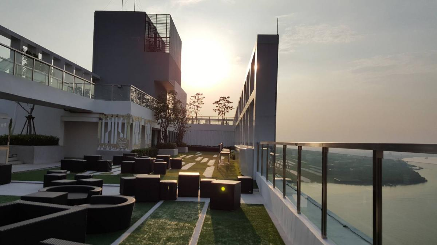 เช่าคอนโดสำโรง สมุทรปราการ : ให้เช่าคอนโดใกล้ BTS 200 เมตร Knightsbridge Sky River มี wifi เครื่องซักผ้า