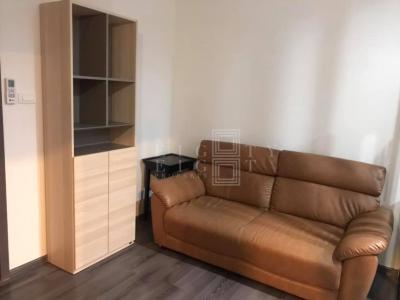 เช่าคอนโดอ่อนนุช อุดมสุข : For Rent The Base Park East Sukhumvit 77 ( 30 square metres )