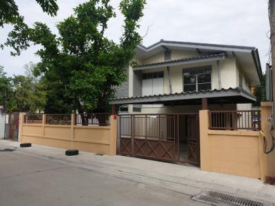 For RentHouseRatchathewi,Phayathai : ให้เช่าบ้านเดี่ยว2ชั้นใกล้ BTS อารีย์เหมาะสำหรับอยู่อาศัย ออฟฟิศ สำนักงาน ร้านอาหาร