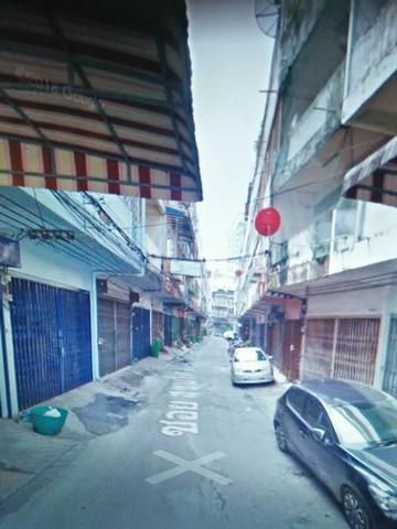For RentTownhouseOnnut, Udomsuk : For rent, commercial building, Soi Sukhumvit 65, near BTS Phra Khanong and BTS Ekkamai, suitable for Hostel office.
