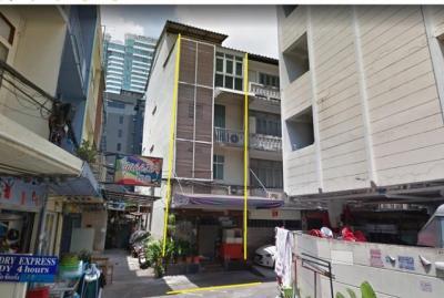 For SaleShophouseKhlongtoei, Kluaynamthai : Sell NIT Building Soi Sukhumvit 22, near Holiday Inn Hotel, near BTS Phrom Phong.