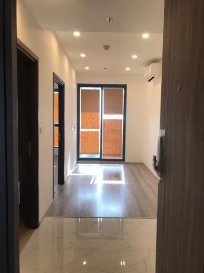 Sale DownCondoOnnut, Udomsuk : Sales post for quick sale Ideo Mobi Sukhumvit 66 New room before transfer, only 4.69 million