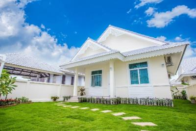 For SaleHouseCha am, Hua Hin : House Can Loan With Project for Sale