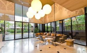 ขายคอนโดสุขุมวิท อโศก ทองหล่อ : Hot Deal 1B size 45.25 (only 13x,xxx/sq m)‼️ Very high floor, Fully furnished, Good conditioned, Sell 6.3 MB only
