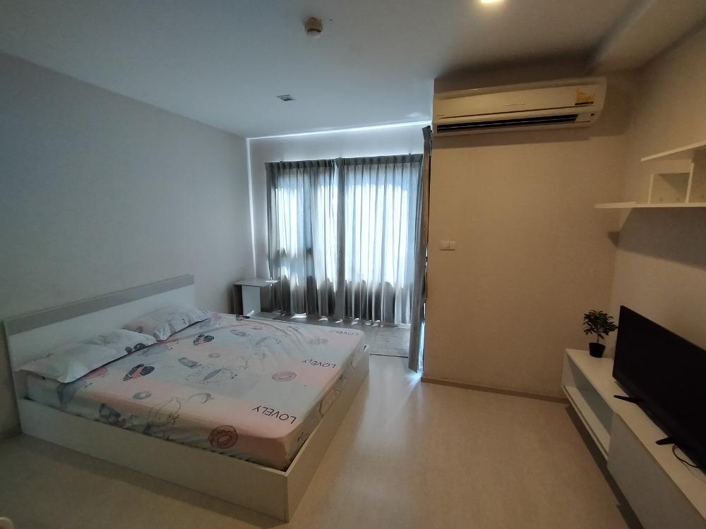 For RentCondoSathorn, Narathiwat : Condo for rent near MRT Lumpini Fully furnished with internet