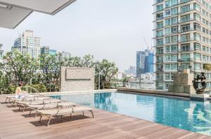 ขายคอนโดสุขุมวิท อโศก ทองหล่อ : Luxury 2B High floor size 86 (only 16x,xxx/sq. m.) City view, Fully furnished, Very good conditioned, Sell 14.2 MB only (Near The Common)