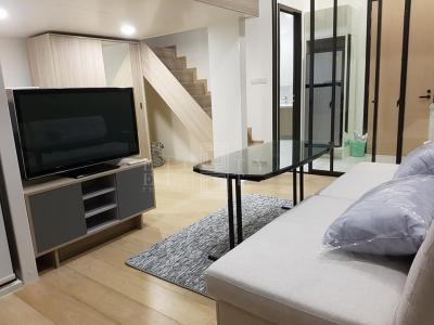 For Rent Chewathai Residence Asoke ( 33 square metres )