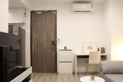 เช่าคอนโดพระราม 9 เพชรบุรีตัดใหม่ : For Rent Ideo Mobi Asoke ( 35 square metres )