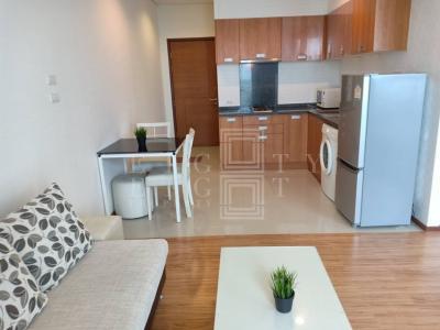 For RentCondoWongwianyai, Charoennakor : For Rent Villa Sathorn (42 square meters)