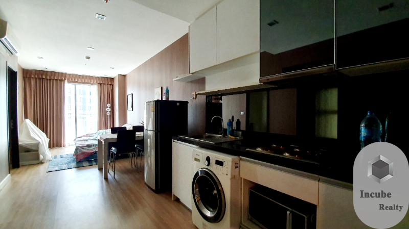 For SaleCondoKhlongtoei, Kluaynamthai : P03CA1910007 Sky Walk Condominium 2 bed 1 bath 59 sqm 8 MB