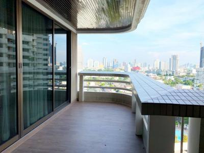 For RentCondoSukhumvit, Asoke, Thonglor : large 3 bedroom condo near BTS Phromphong for rent!