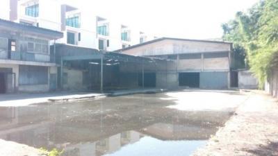 For RentWarehouseRama3 (Riverside),Satupadit : RK018 Warehouse for rent area 384 sq. W., Soi Sathupradit, Rama 3