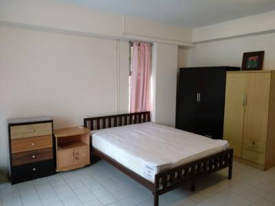 For RentCondoRamkhamhaeng,Min Buri, Romklao : Condo for rent, Living Place Ramkhamhaeng 4500 baht / month including common fees, air-conditioners, fully furnished