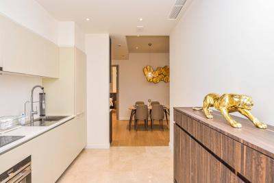 เช่าคอนโดวงเวียนใหญ่ เจริญนคร : For Rent Magnolias Waterfront Residences 2 bedroom for 102 sqm. 100K