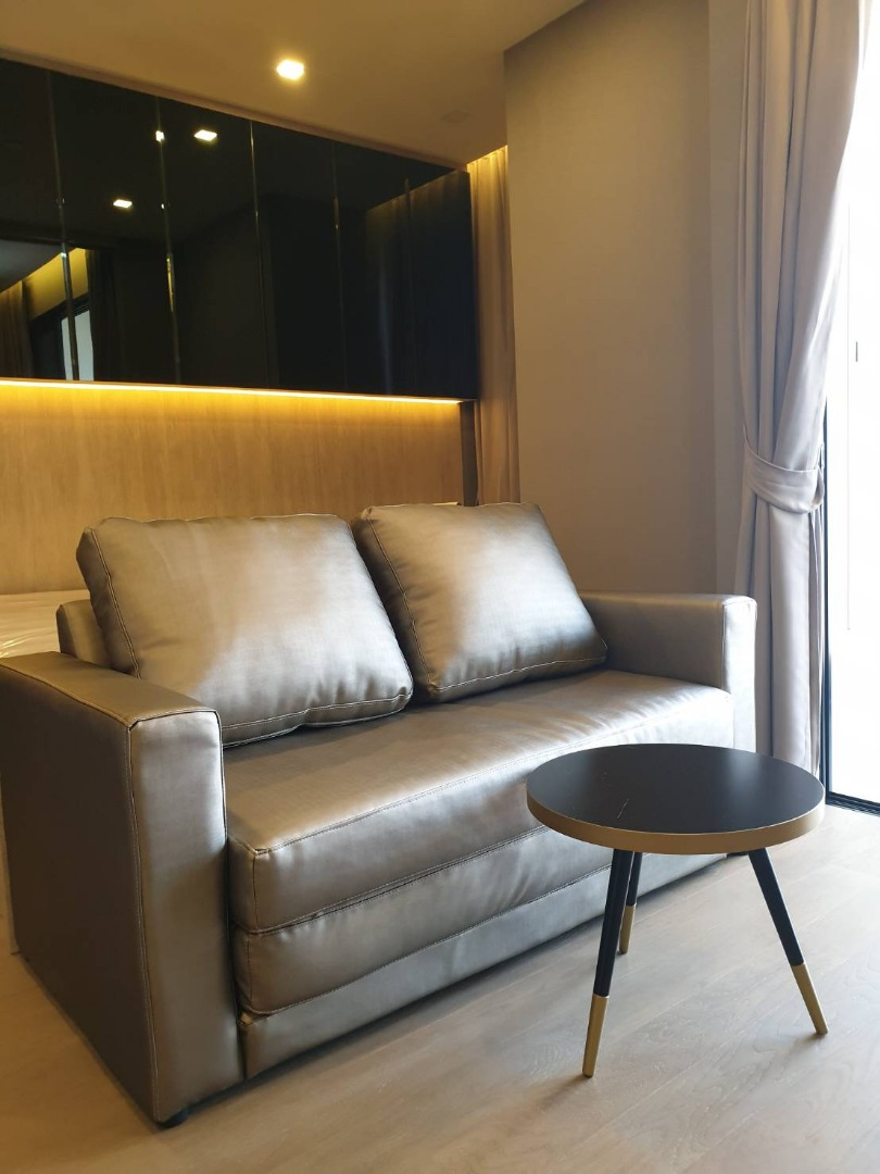 For RentCondoSukhumvit, Asoke, Thonglor : Ashton Asoke, Condo for Rent, Asoke Sukhumvit, Next to MRT Sukhumvit, BTS Asoke FULLY FURNISHED with ALL NEEDED Appliances 1bedroom 34.5 sq.m., on the 34th floor, facing East. Rental special price: 29,000