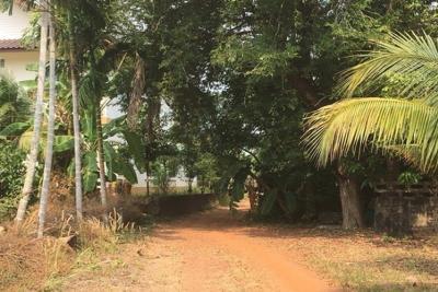 For SaleLandChanthaburi : Sales of land and buildings Near Sukhumvit Road, Khlung District, Chanthaburi, 4 rai