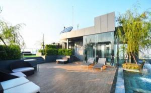 ขายคอนโดสุขุมวิท อโศก ทองหล่อ : Exclusive offer 2B size 75 (only 15x,xxx/sq m) Very high floor, Great view, Fully furnished, Feel like home, Very good conditioned Sell 11.4 MB