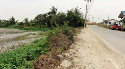 For SaleLandSamrong, Samut Prakan : Land for sale 5 Rai, next to Chao Phraya Chaiyanuchit Road, Bang Bo, Samut Prakan