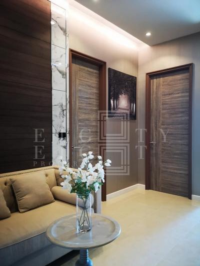 เช่าคอนโดอ่อนนุช อุดมสุข : For Rent Mayfair Place Sukhumvit 50 ( 36 square metres )